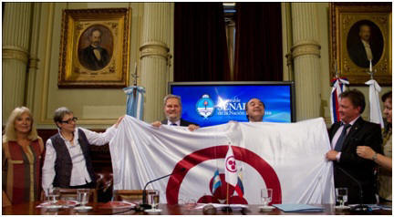 La sociedad civil logra posicionar nuevamente la bandera de la Paz entre autoridades electas sudamericanas. Elevamos la frecuencia de vibración del debate global. Lo trascendente y lo sagrado llega a nosotros.