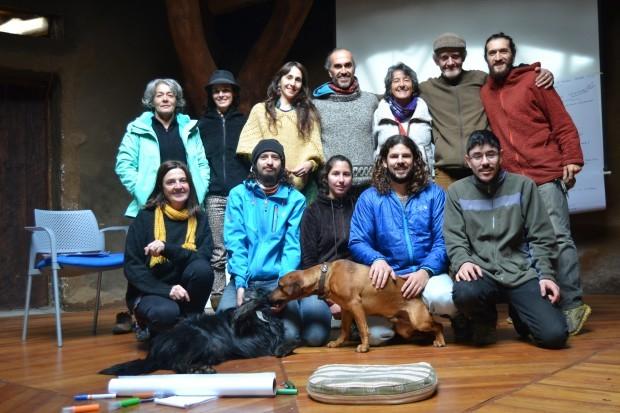 Fotografía de grupo de encuentro local constituyente Kod-Kod